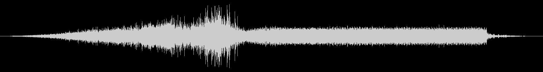 Ext:中速で左にアプローチ、プル...の未再生の波形