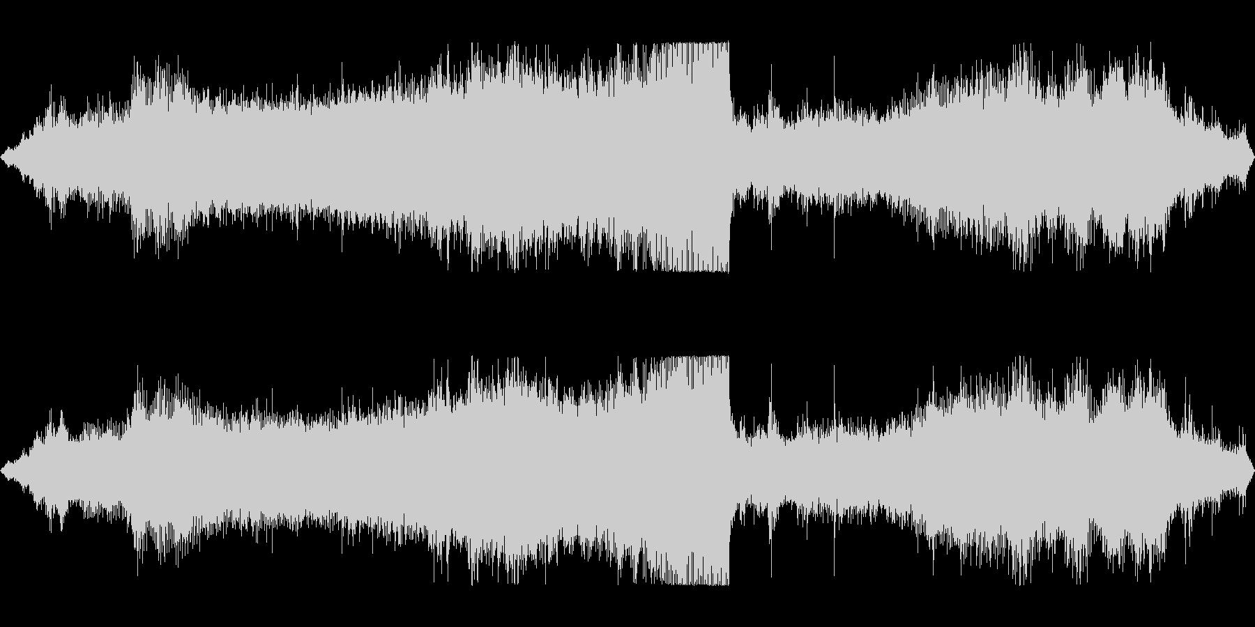 ディーゼルカーの走行音 エンジン音の未再生の波形