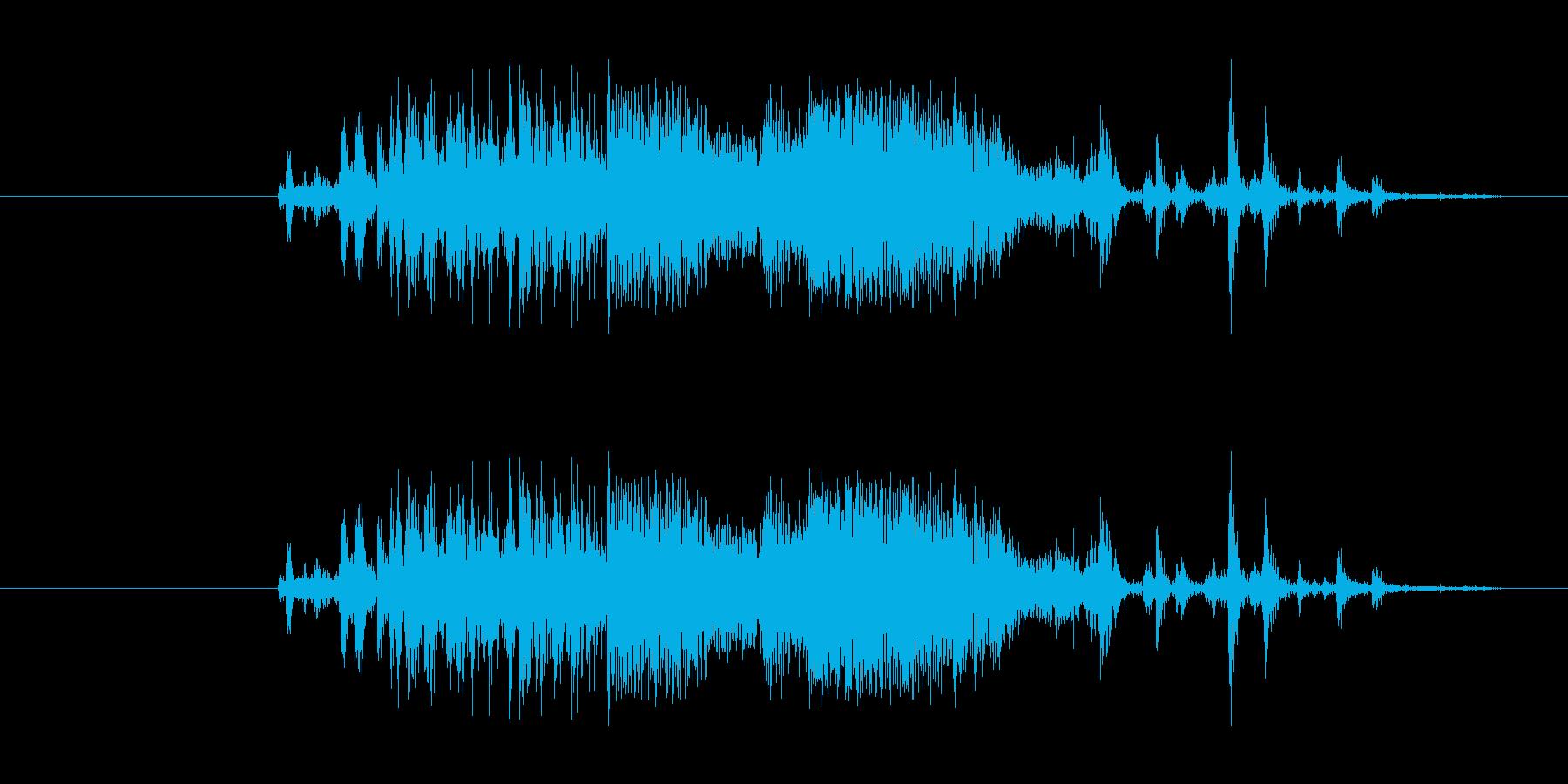 シャカッ(氷をコップに入れる音の再生済みの波形