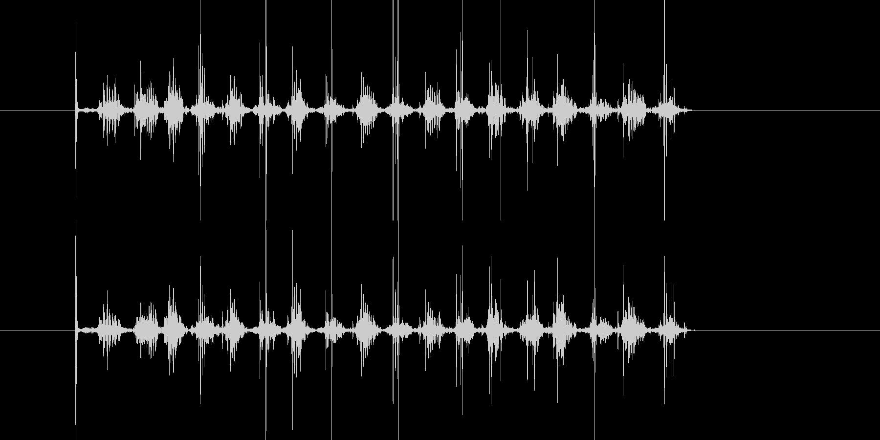 ガラガラ…ローラーを勢い良く転がす音の未再生の波形
