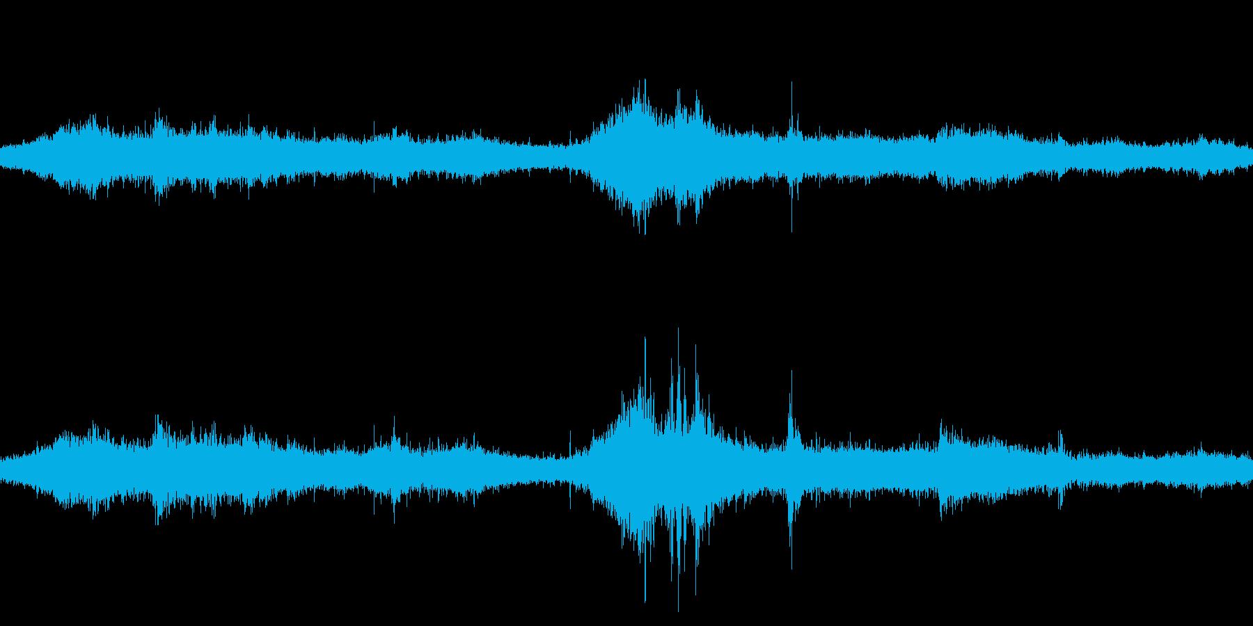 台風 暴風域 ループ可の再生済みの波形