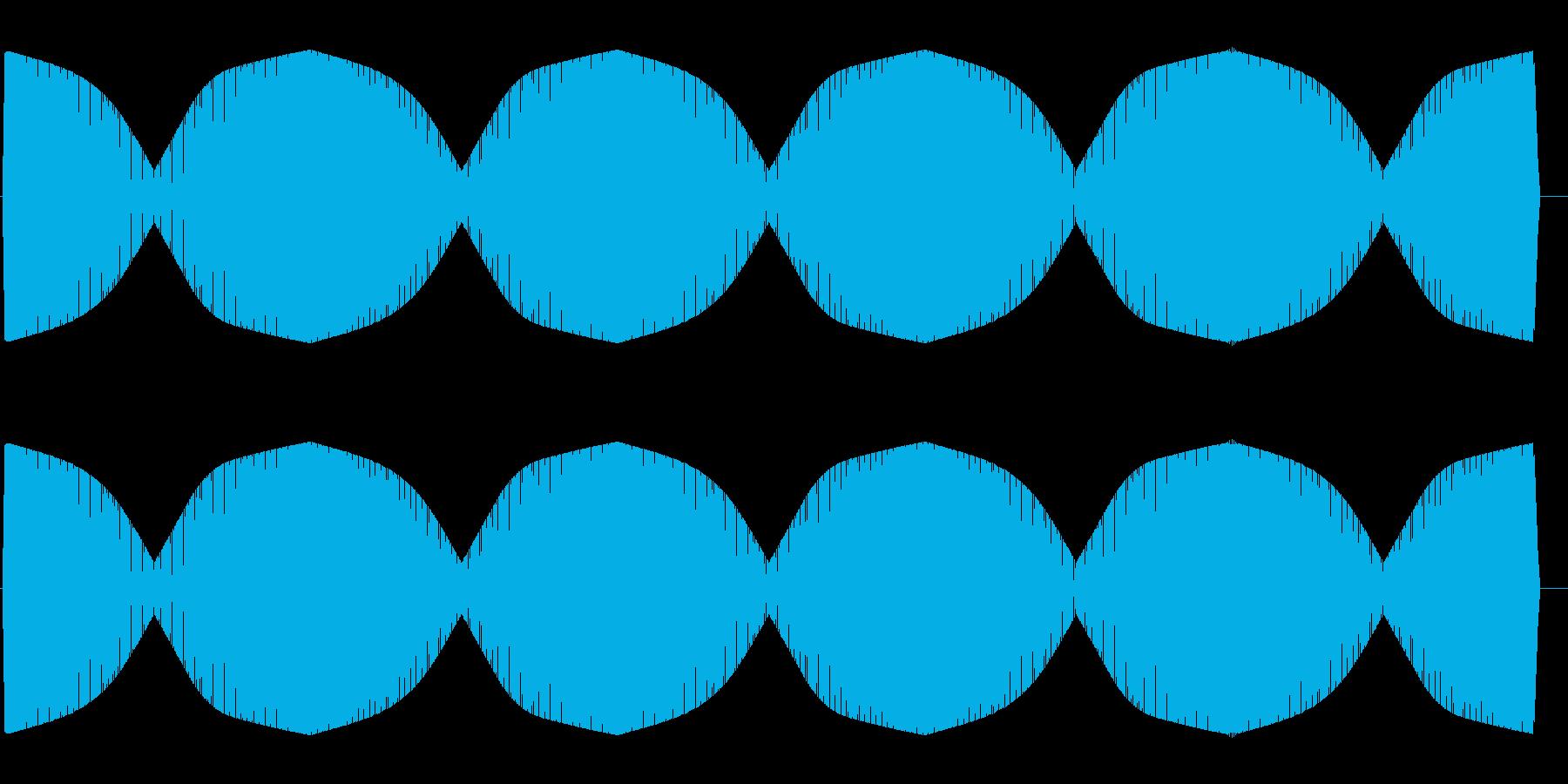 ワープエンジン(一定周期で繰り返される)の再生済みの波形