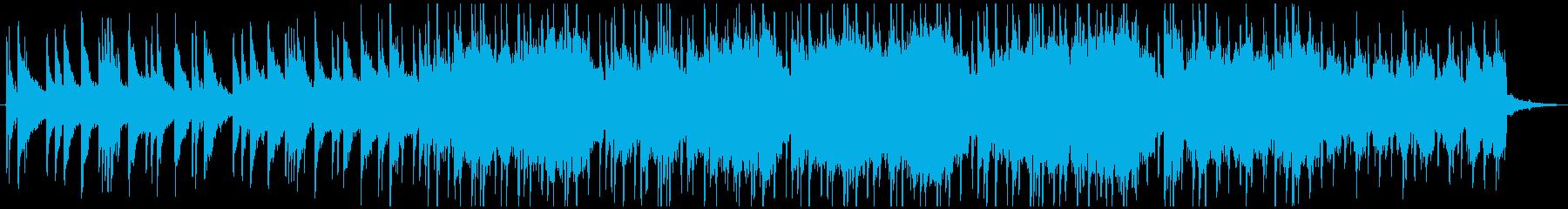 静かなピアノのフレーズ。子供の歌声。の再生済みの波形