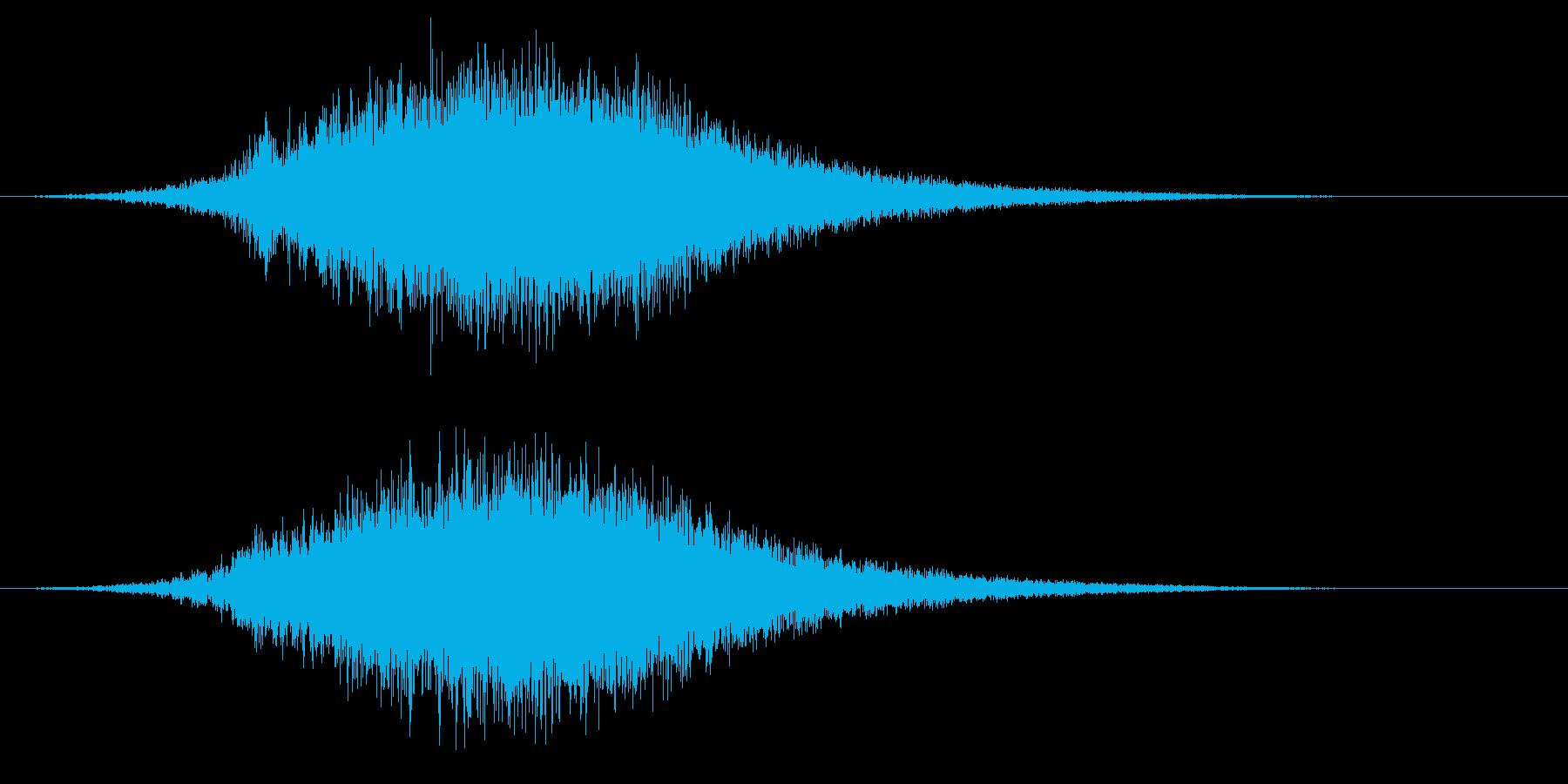 ホラーに出てきそうな緊迫した上昇音の再生済みの波形