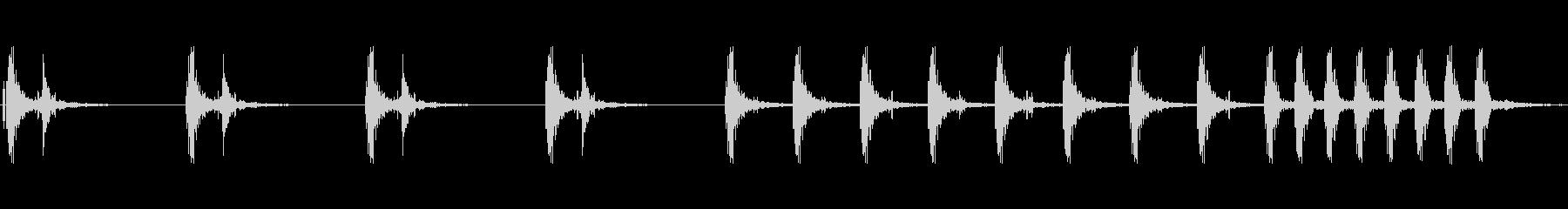 ドクン ドクンの未再生の波形