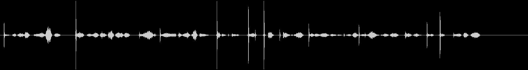 かりかり(鉛筆で文字を書く音)①の未再生の波形