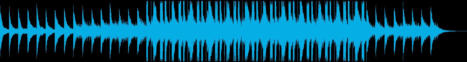 ピアノとベルの奥深い優しく穏やかな曲の再生済みの波形
