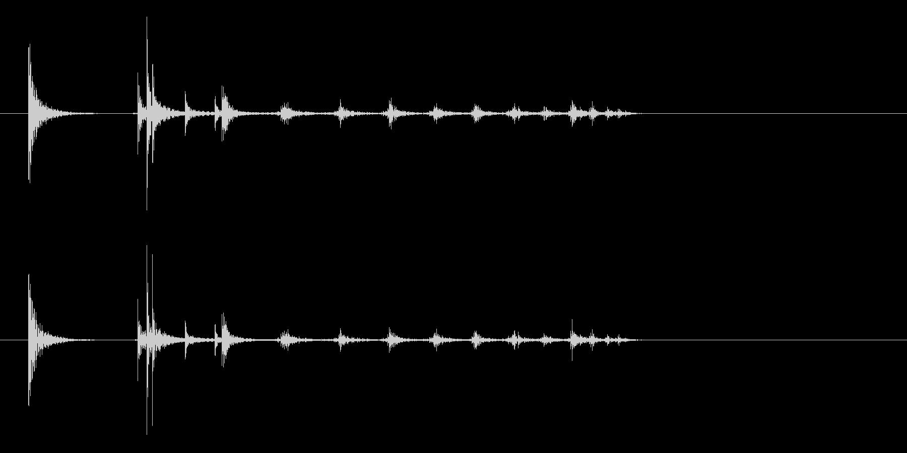 コインの落下音(木板の上)の未再生の波形