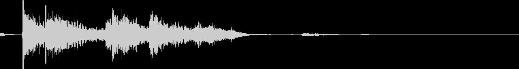 【生録音】刀・剣・鎌が手から落ちる音 1の未再生の波形