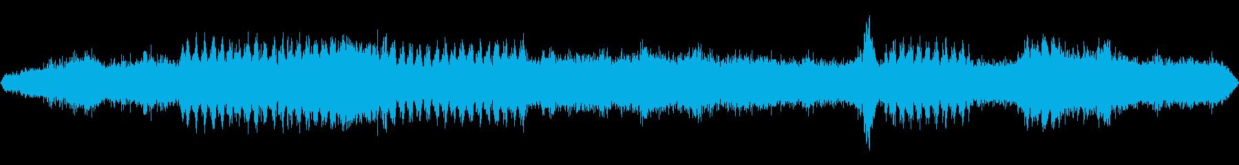 INT:加速し、サイレンで速く走るの再生済みの波形