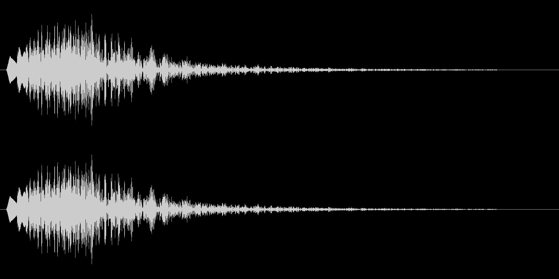 チュルン(クリック音)の未再生の波形