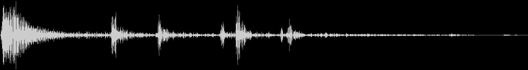 麻雀 リーチ棒を出す音の未再生の波形