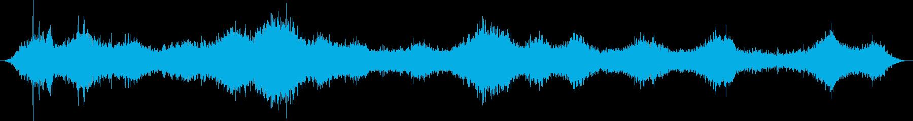 ブーン(車がどんどん走り去る音)の再生済みの波形