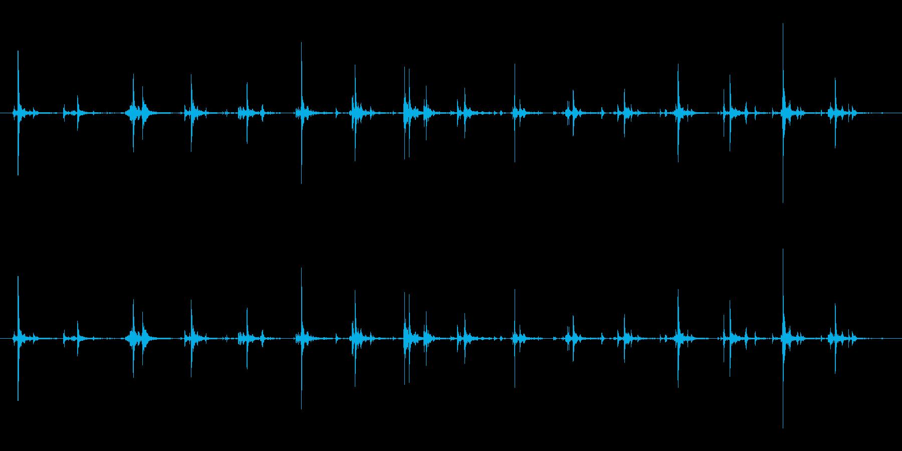 泡立て器でかき混ぜる音(料理/調理)の再生済みの波形