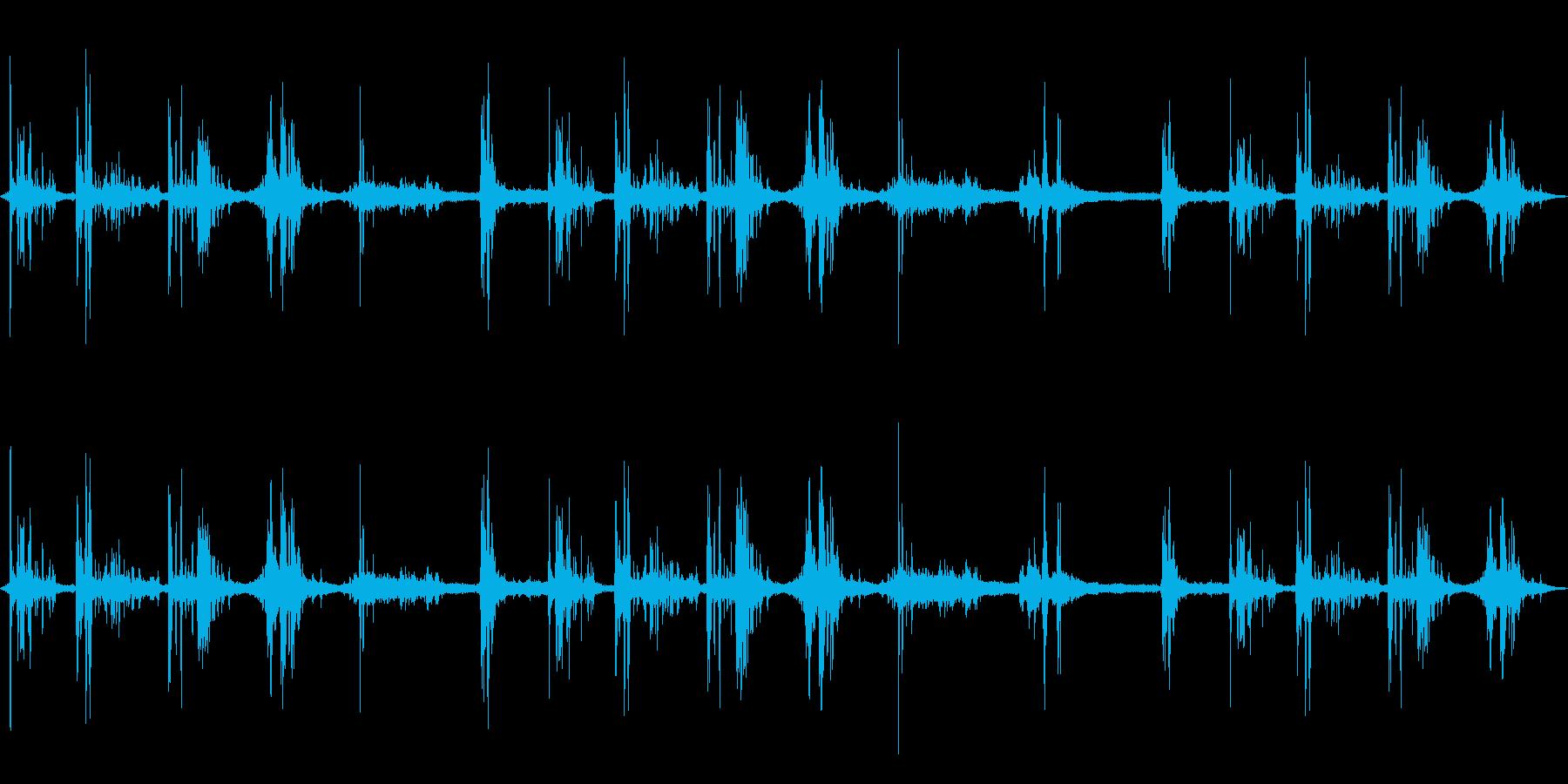 ゴロゴロゴロ…ドカンッ!…(雷の音)の再生済みの波形