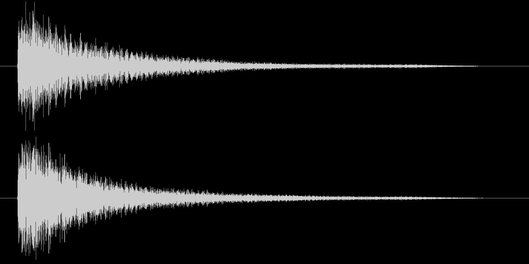 ガガーン(ショックを受ける音)の未再生の波形