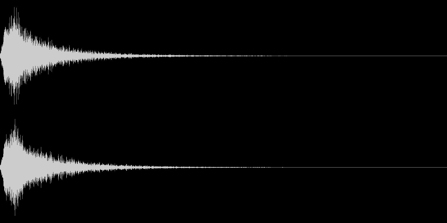 グシャ!リアルな刀や剣の斬撃音 05vUの未再生の波形