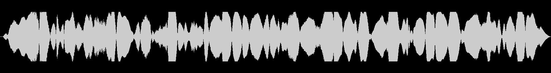 共鳴音とハムの未再生の波形