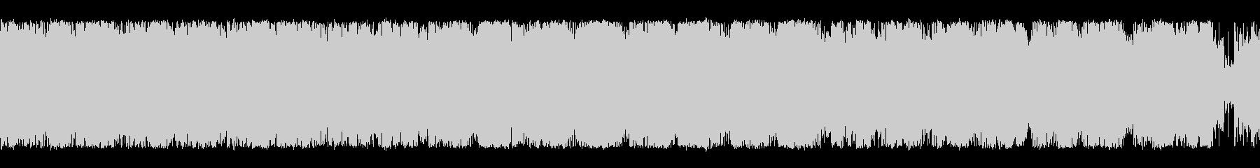 オーケストラとクワイア編成の森っぽいダ…の未再生の波形