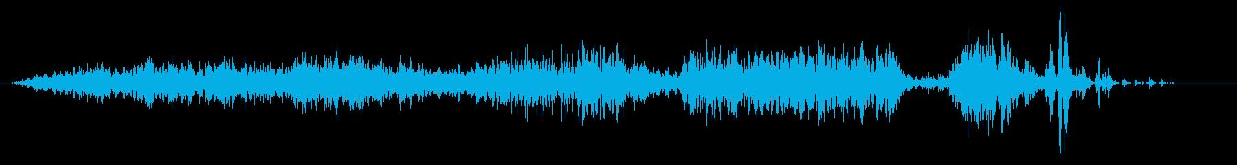 水中の遅い金属ガスの放出または充填の再生済みの波形