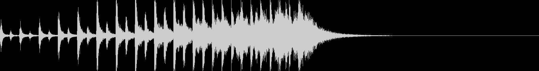 ディレイが効いたドラムロールの未再生の波形