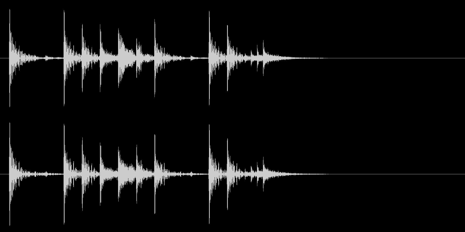 定番のリズム ドッチドド カラカカン#1の未再生の波形