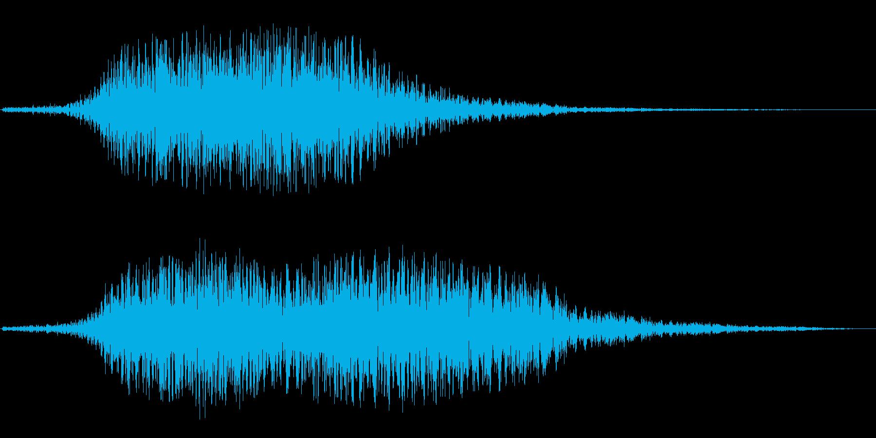 旋回(正面に急接近、ゆっくり旋回)の再生済みの波形