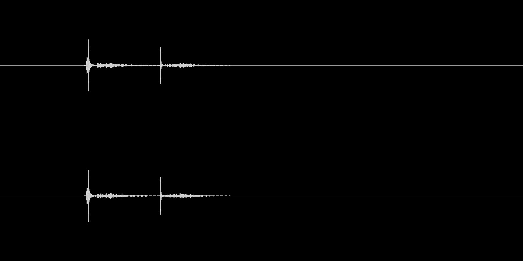 クリック(カチッ)の未再生の波形