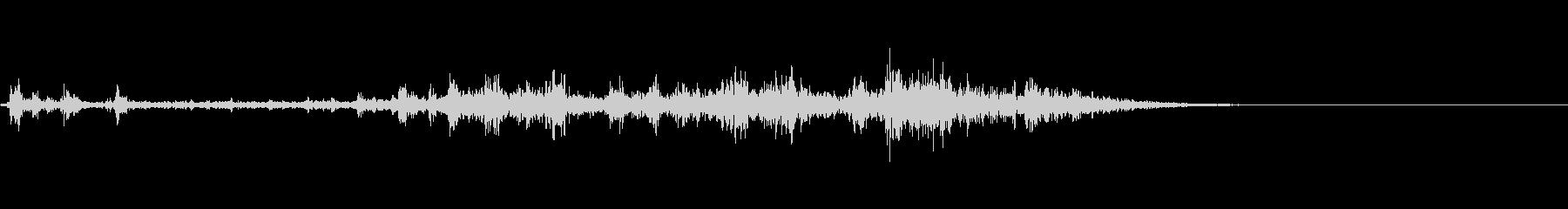 カミナリ(遠雷)-10の未再生の波形