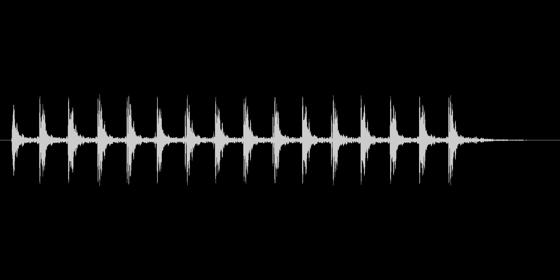 カタカタと震えるコミカル系の効果音の未再生の波形