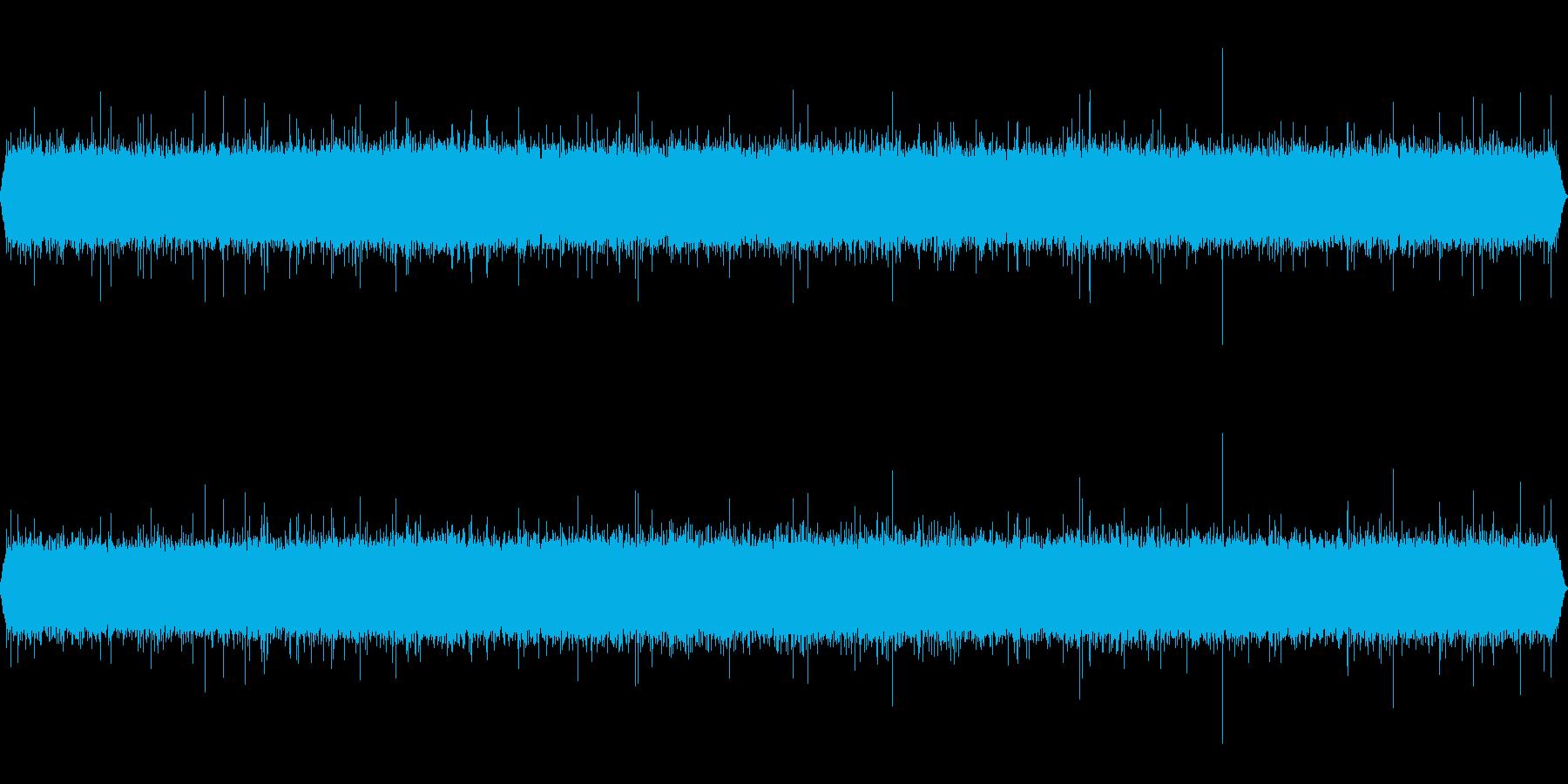 滝音~小さめの滝 1 UP【生録音】の再生済みの波形