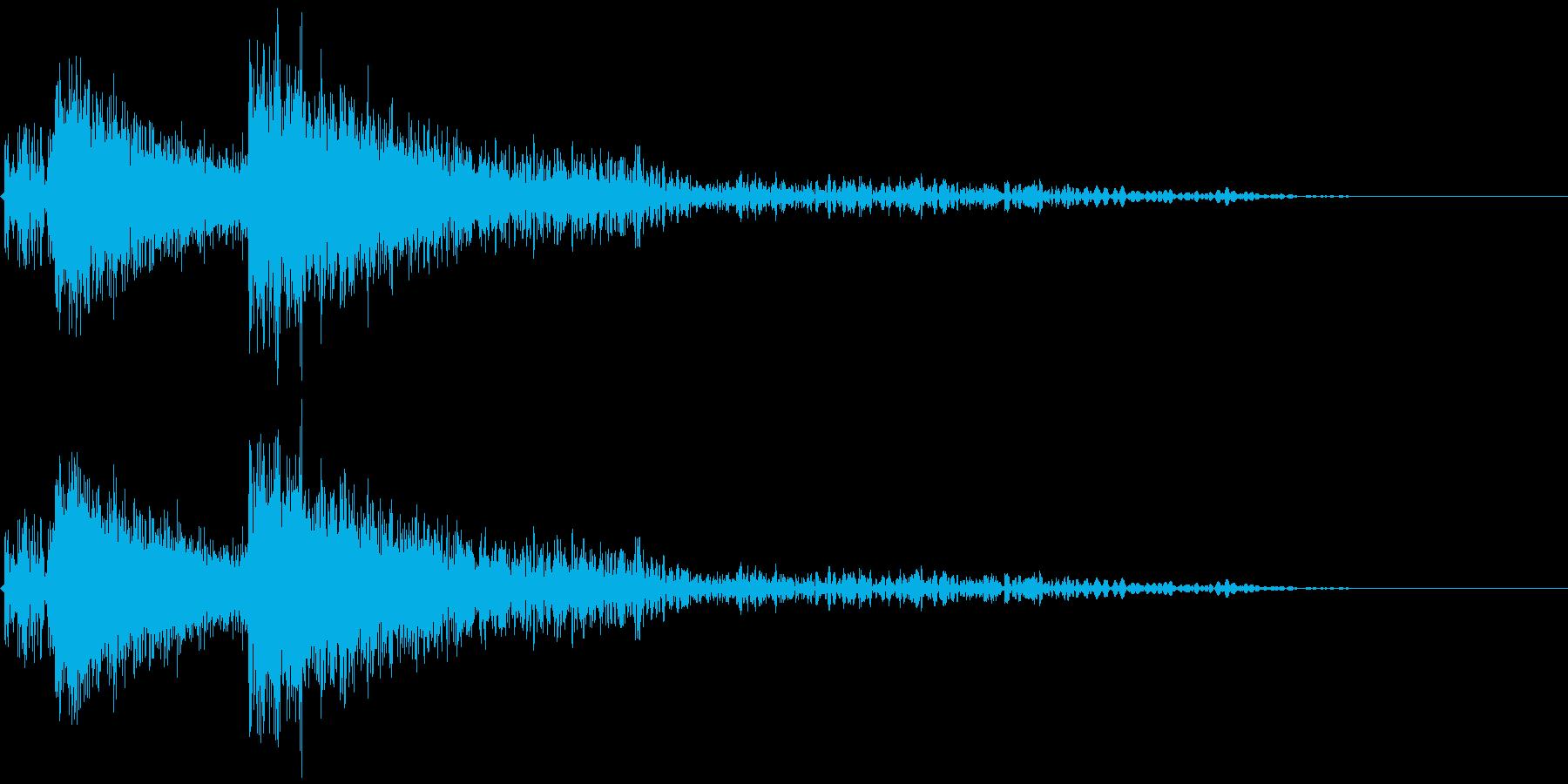 爆発音3発の再生済みの波形
