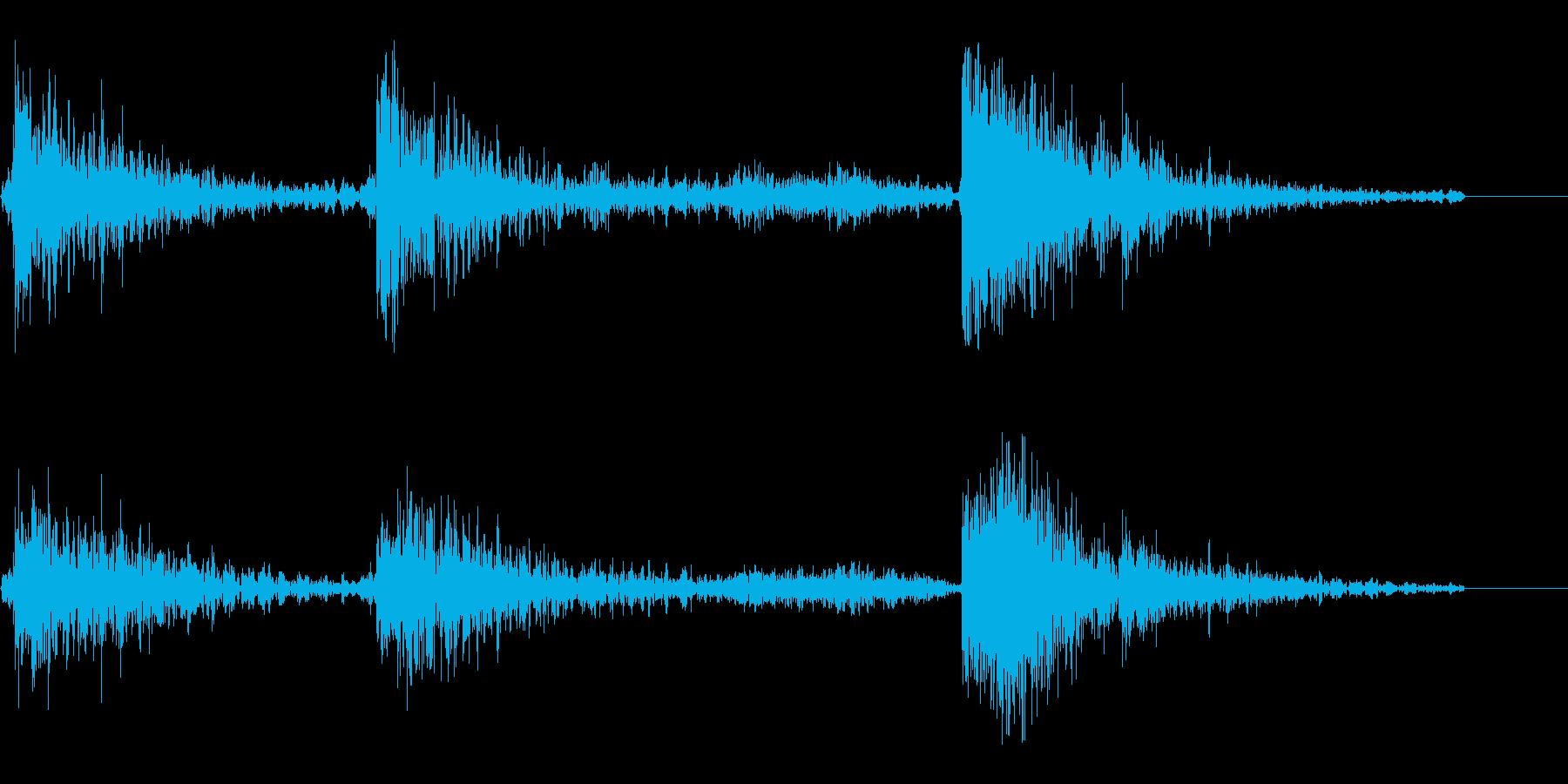 重い物を引きずる音(重いものを動かす音)の再生済みの波形
