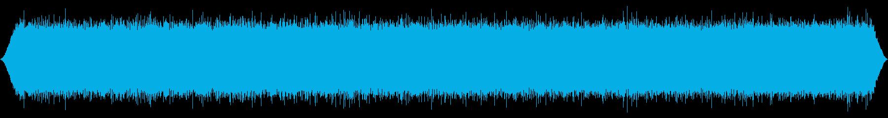 山の風:中程度の遠いガスティングマ...の再生済みの波形