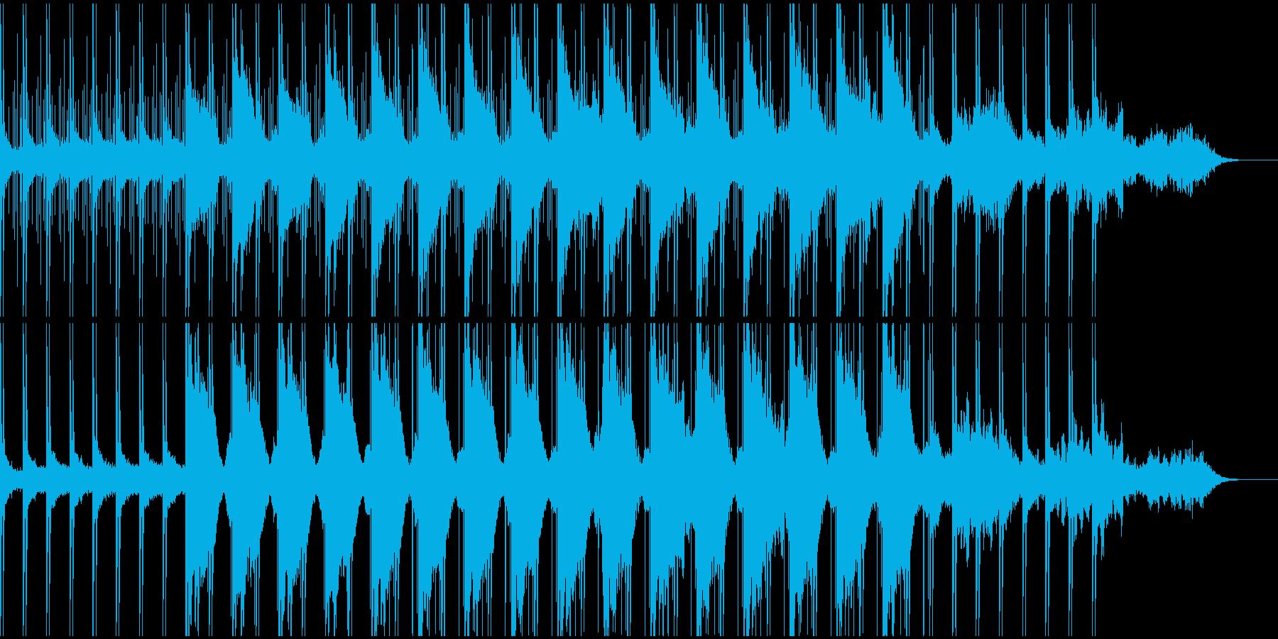 洗練されたノイズビートと幻想的なベルの音の再生済みの波形