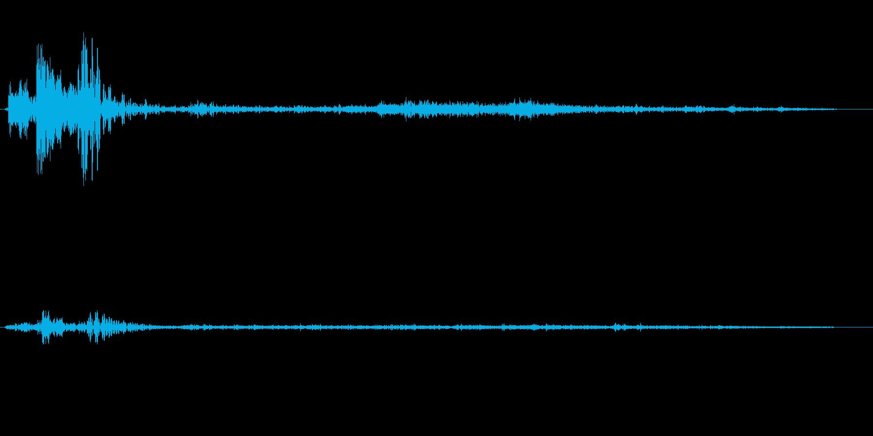 スポン(投げ込まれた音、栓抜きの音)の再生済みの波形