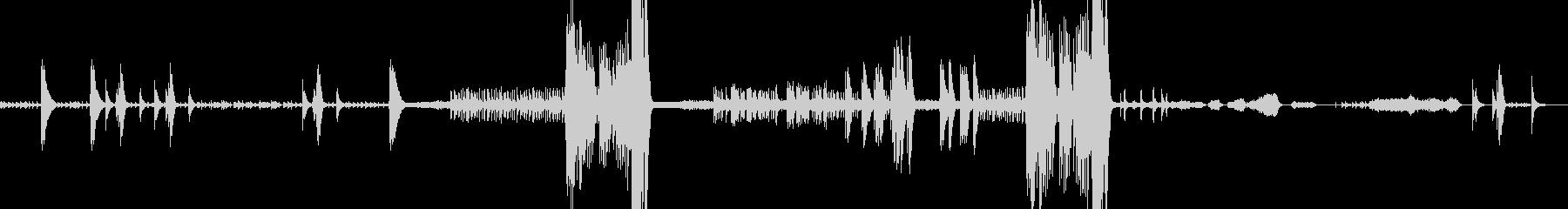 ビブラフォン・弦と打楽器のアンサンブルの未再生の波形