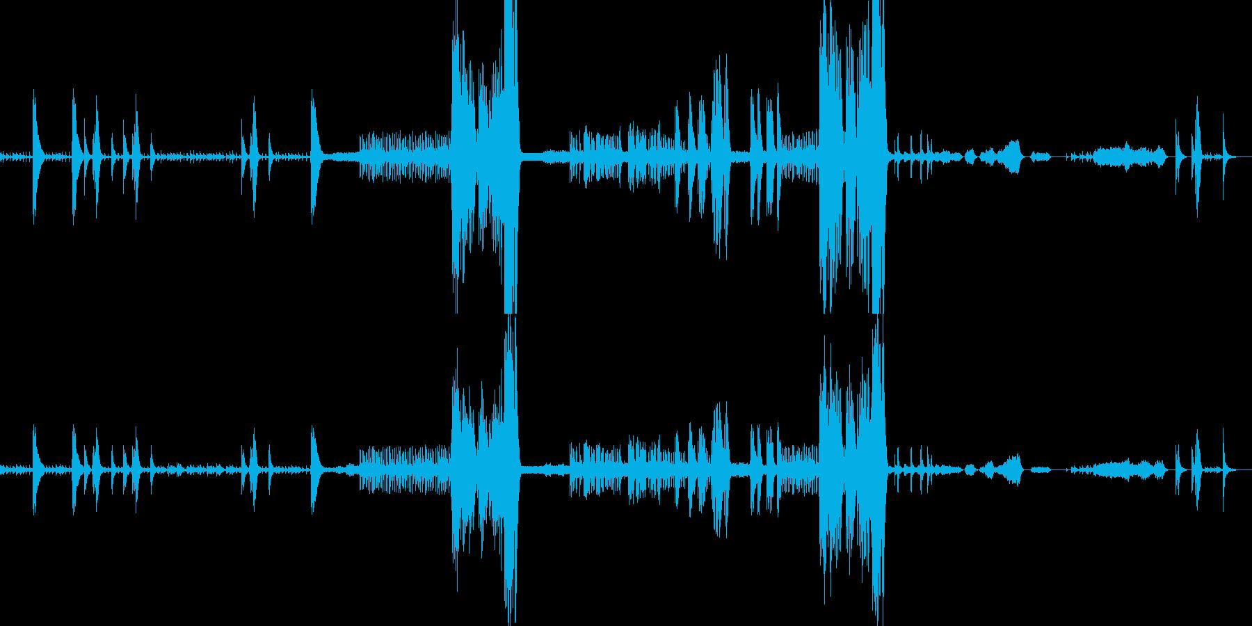 ビブラフォン・弦と打楽器のアンサンブルの再生済みの波形