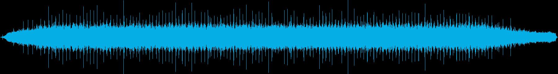 ラウドモーターハムを備えたエクササ...の再生済みの波形
