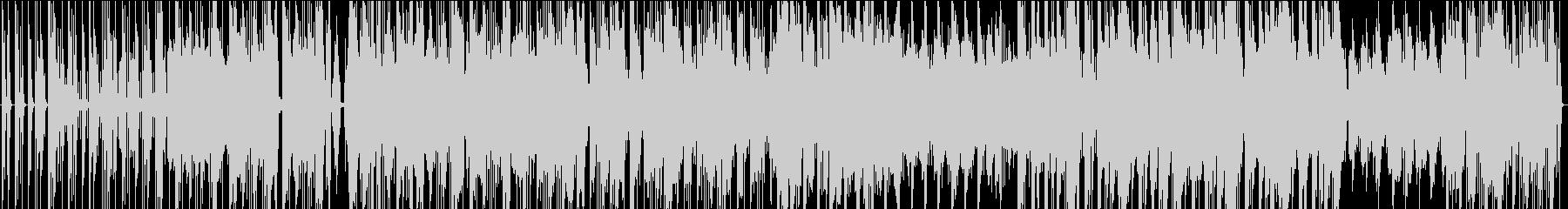 エッジの効いた機械サウンドの未再生の波形