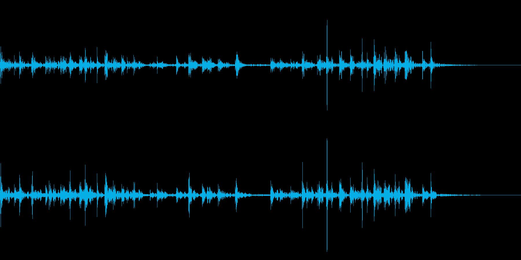 キーボードをタイピングするリアル効果音6の再生済みの波形