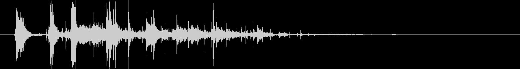 ガシャーン(グラスコップが割れる音)の未再生の波形