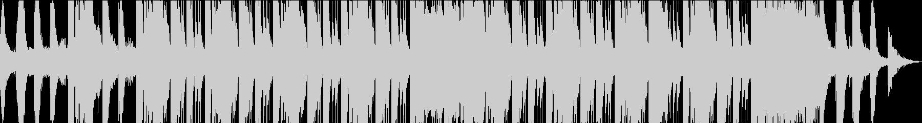 神秘的なピアノ主体のエレクトロニカの未再生の波形