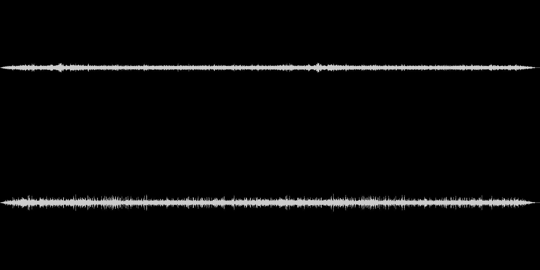 春の早朝の音を2つの録音方式で収音して…の未再生の波形