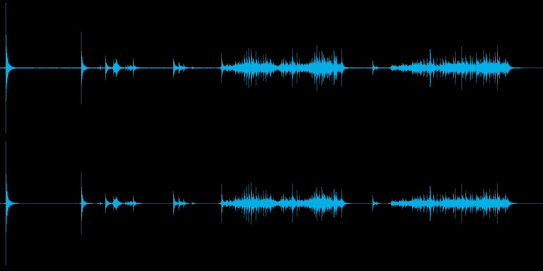 ワークベンチ、メタルチェーン、フッ...の再生済みの波形