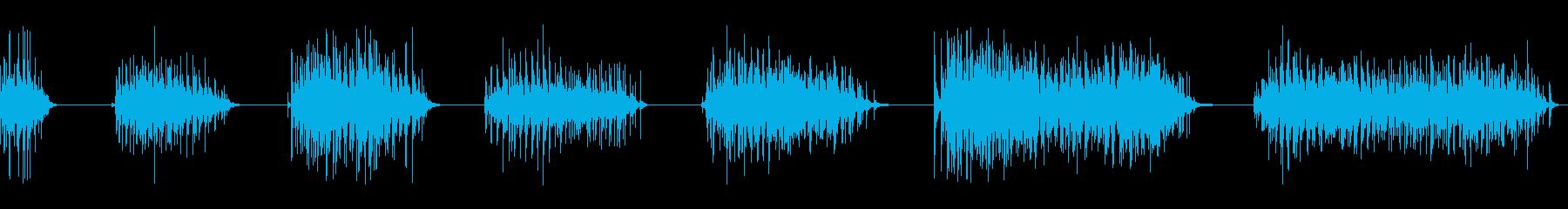 拍手、32人、3バージョン; DI...の再生済みの波形