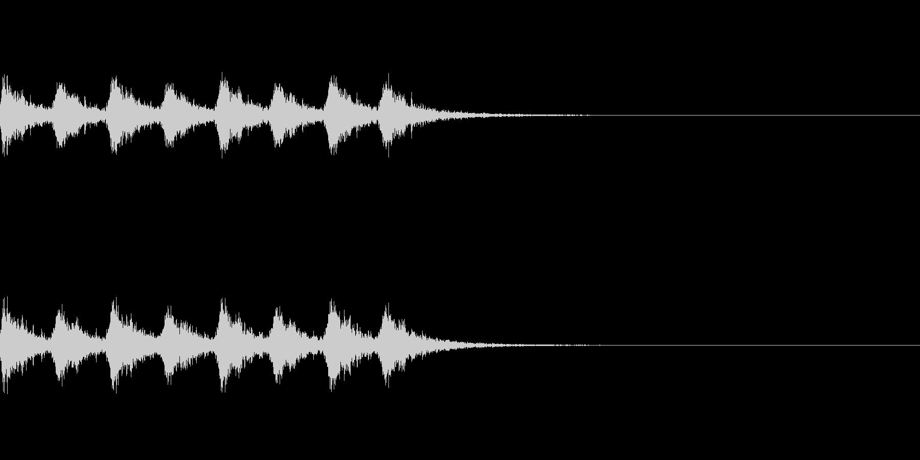 サンタっぽい鈴が8回鳴ります。の未再生の波形
