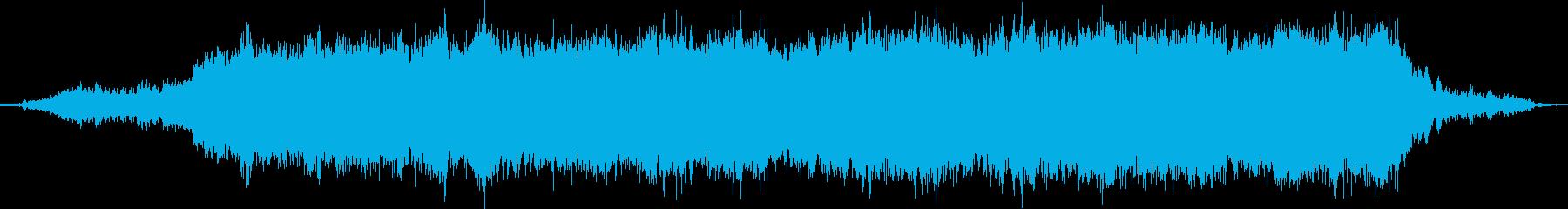 電車の音に重なるキーボードの再生済みの波形
