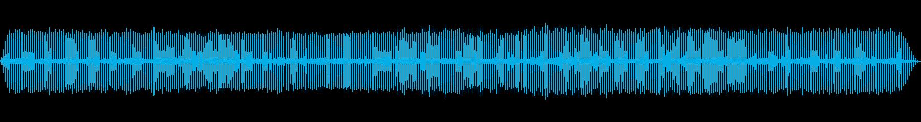 夏夜のコオロギの鳴き声と水の音の再生済みの波形