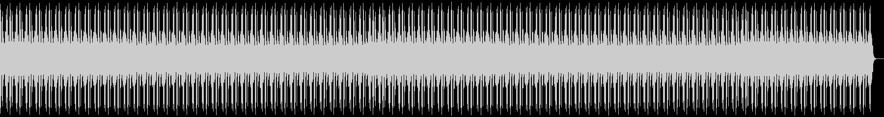 怪しい電子音とシンプルビートの未再生の波形